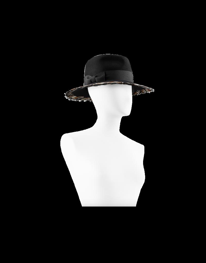 CHANEL - Sombrero con plumas