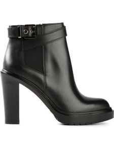 http://www.farfetch.com/es/shopping/women/sergio-rossi-montreal-boots-item-10795801.aspx?storeid=9300&ffref=lp_97_